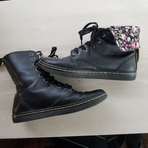 Dr martens Stratford black leather floral 6